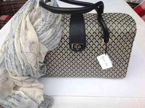 Damen Handtasche mit Schal