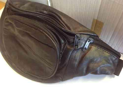 Bauchtasche schwarz Leder