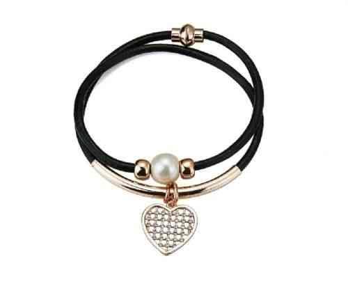 Armband aus Leder mit Herz